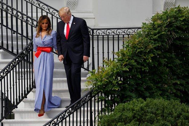 V okviru praznovanja ameriškega dneva neodvisnosti, se je pred Belo hišo zvrstila vrsta dogodkov, a dogajanje ni tisto, ki je …