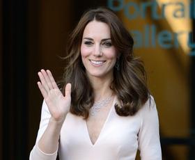 Našli smo obleko, ki jo je Kate Middleton v zadnjem času nosila na kar petih dogodkih!