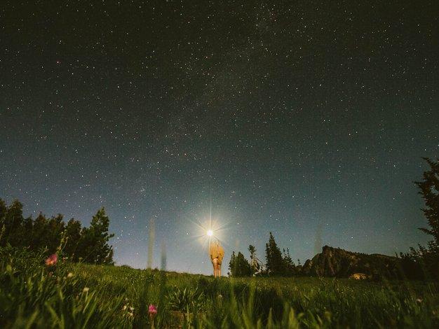 Priporočamo: Joga pod zvezdami na skrivni lokaciji - Foto: Unsplash.com