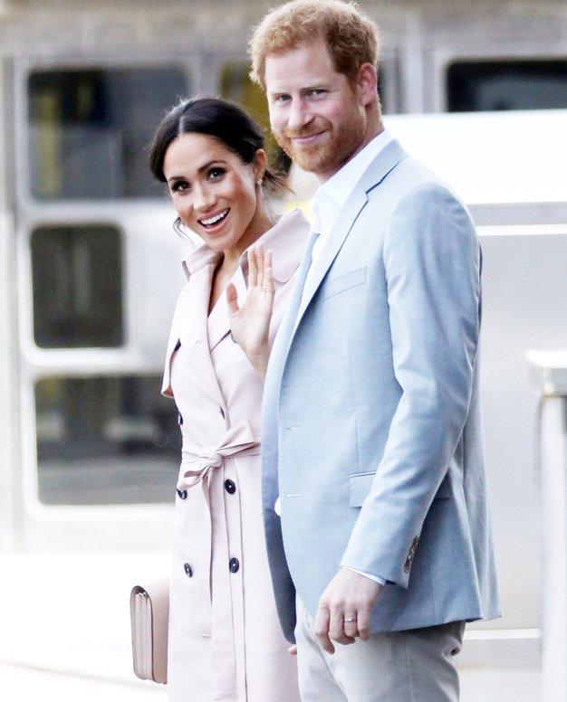 Kraljica Elizabeta je Meghan in Harryju pravkar podarila hišo, in mi imamo fotografije! - Foto: Profimedia