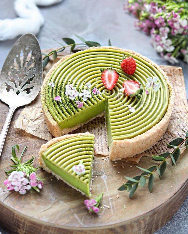 Vikend recept: Matcha panna cotta torta (veganska, brez glutena in predelanih sladkorjev) - Foto: Profimedia