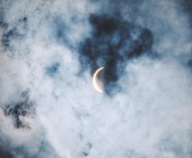 Kako bo (krvavi) lunin mrk vplival na vas?