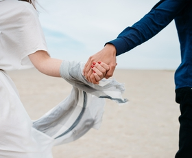 Če s partnerjem počnete teh 6 stvari, se boste skupaj postarali