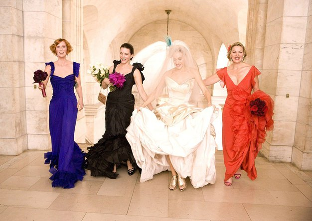 Resnična poročna obleka Sarah Jessice Parker je izgledala ZELOOOO drugače od pričakovane! - Foto: Profimedia