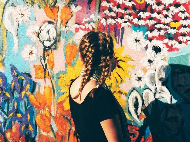 6 znakov, da imate okoli sebe postavljen zid - Foto: Unsplash.com/Emma Frances Logan