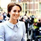 Ste že videli, kako POSTAVNEGA brata ima Kate Middleton?