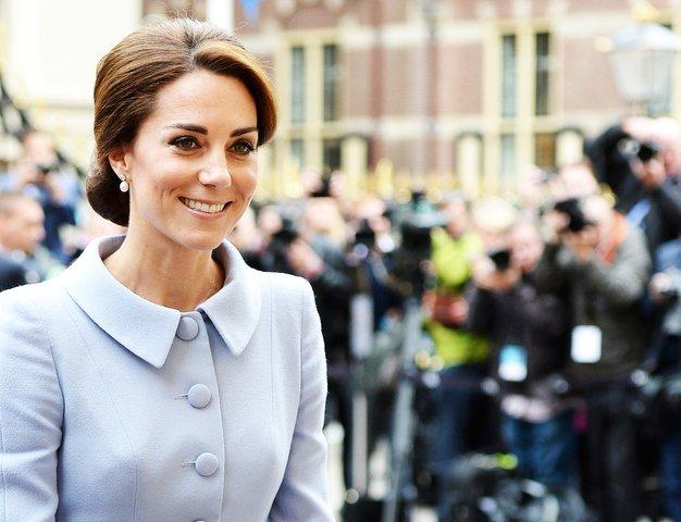 Ste vedeli, da ima Kate Middleton poleg sestre Pippe še brata Jamesa? Poglejte, kako dobro izgleda ...