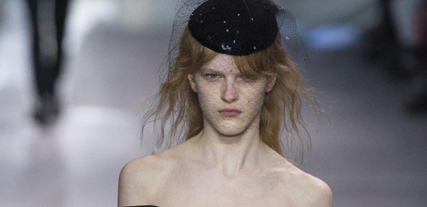 TA modna revija je popolnoma razdvojila modno javnost v Parizu!