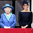 Kraljica je javno komentirala novico Meghan in Harryja