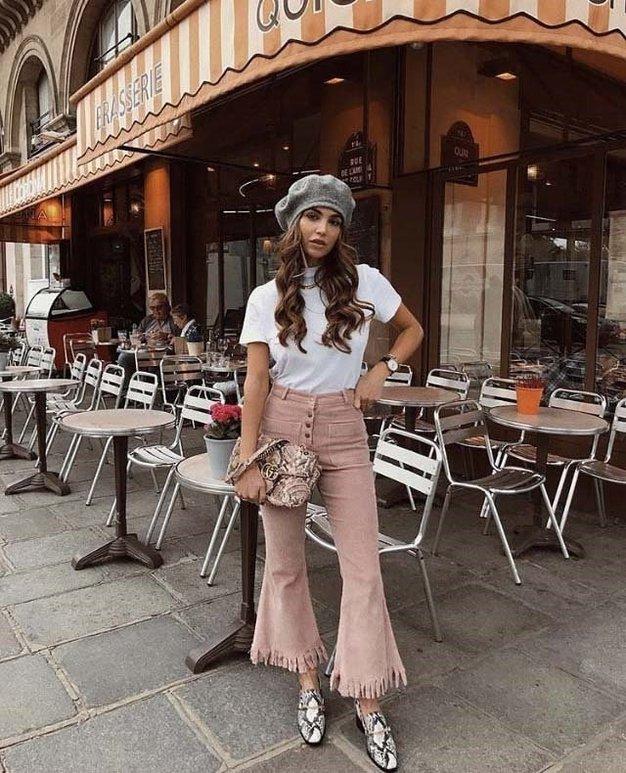 Žamet je v omarah modnih blogerk priljubljen že vse od lasne zime, tu pa je nekaj modnega navdiha iz modnih …