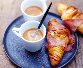 Preverite, kateri znani Slovenci prisegajo na Nespresso kavo