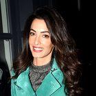 Amal Clooney je oblekla preprost zimski stajling, ki ga naravnost obožujemo!