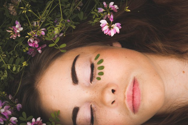 Vpliv lune na zdravje in počutje (glede na vaše horoskopsko znamenje) - Foto: Unsplash/ Sarah Comeau
