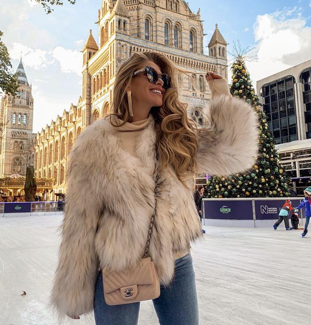 Šoping seznam: 10 dostopnih prazničnih oblačil (izbor spletnega uredništva Elle) - Foto: Instagram/ @majamalnar