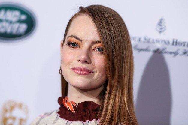 Emma Stone ni več rdečelaska! Poglejte, kako je videti sedaj - Foto: Profimedia