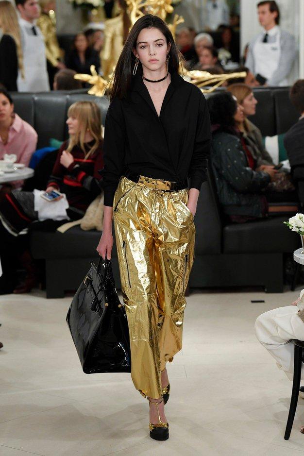 Vsi videzi z modne revije Ralph Lauren, ki si jih morate ogledati