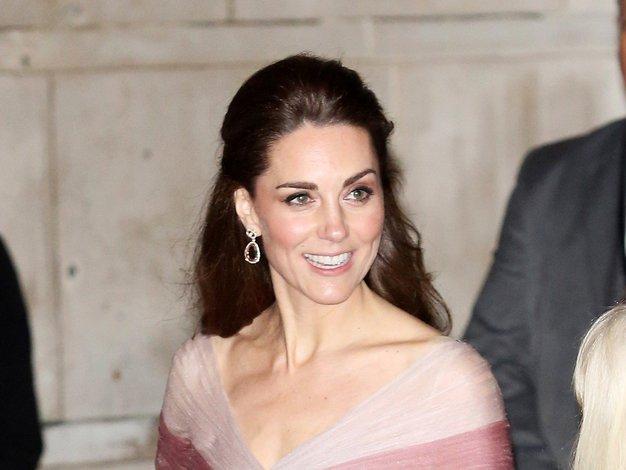 Kate Middleton je nosila Gucci in nas popolnoma očarala! - Foto: Profimedia
