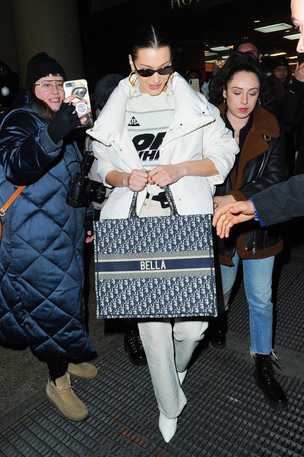 Vsi outfiti, ki jih je Bella Hadid nosila na modnem tednu v New Yorku