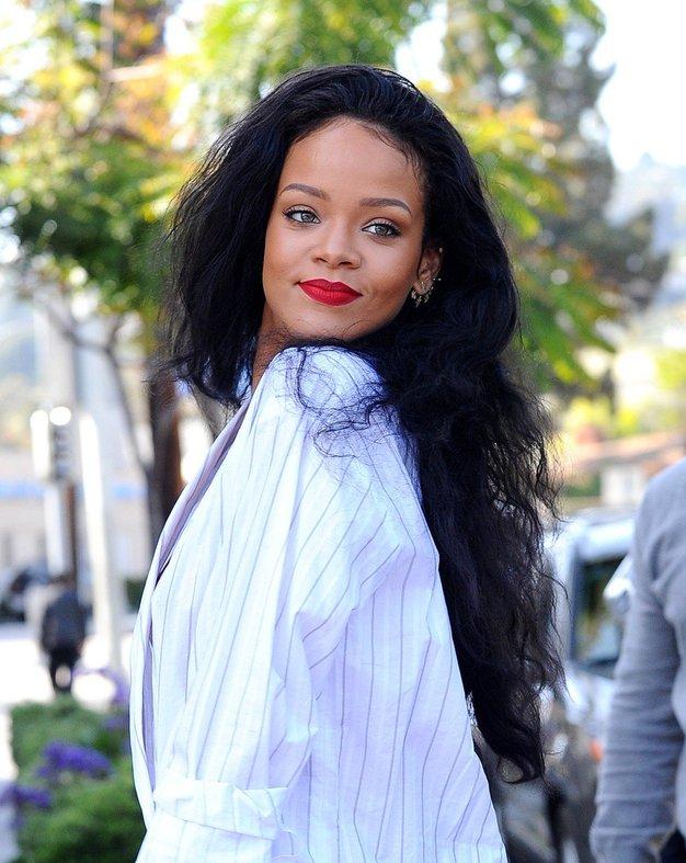 Rihanna je nosila outfit, o katerem sedaj govorijo vsi - Foto: Profimedia