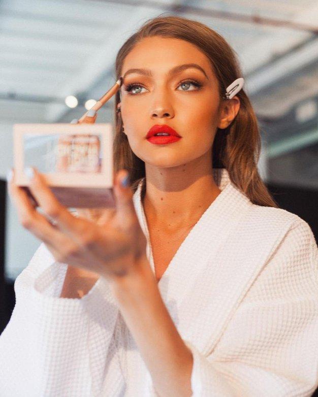 Te 4 lepotne trende je napovedal modni teden v Parizu - Foto: Profimedia