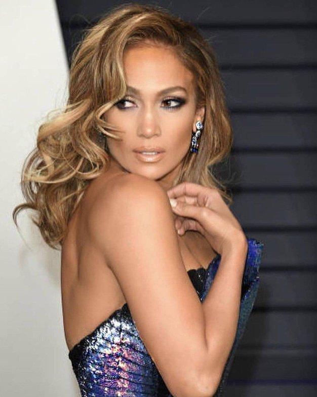 Jennifer Lopez je zaročena! Poglejte ta ogromen prstan! - Foto: Profimedia