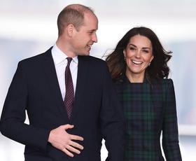 Se spomnite obleke, v kateri je Kate prvič osvojila princa Williama?