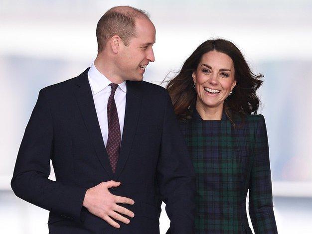 Se spomnite prosojne obleke, zaradi katere se je princ William zaljubil v Kate? - Foto: Profimedia