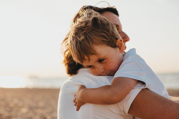 Janja Urbančič o sočutnem starševstvu - Foto: Unsplash/ Xavier Mouton