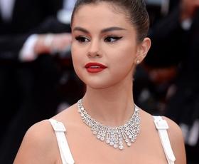 Zaljubili smo se v stajling, ki ga je Selena Gomez nosila v Cannesu