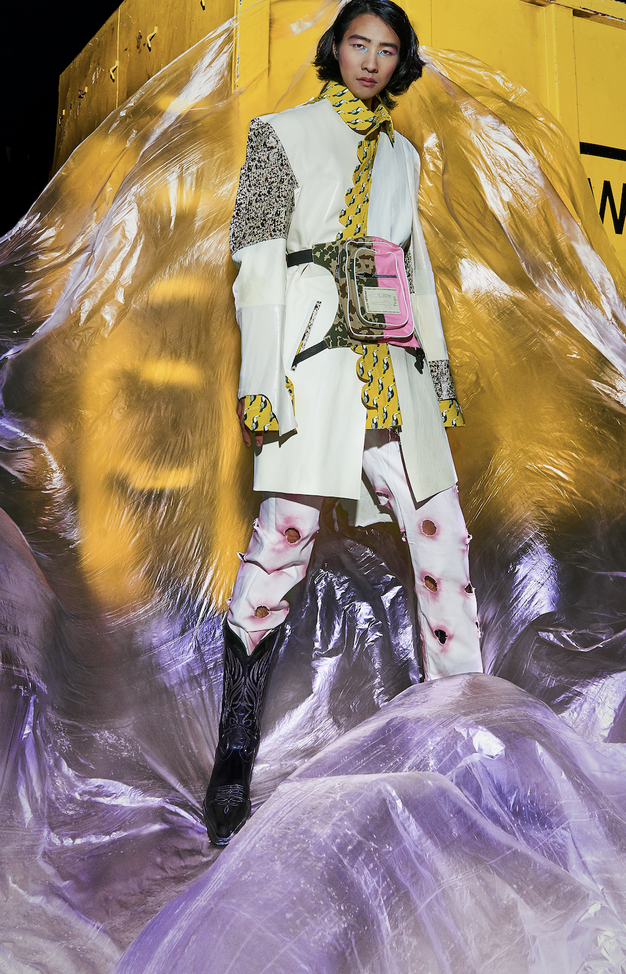 Oglejte si prvo pregledno razstavo izbranih del diplomantov oblikovanja tekstilij in oblačil Kreatorji - Foto: NTF