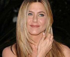 Jennifer Aniston nas je očarala s tem modnim stajlingom
