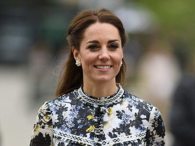 Kate Middleton je bila v tej obleki videti kot prava princesa - Foto: Profimedia