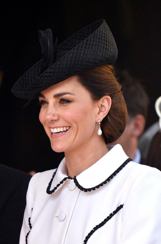 Zaljubili smo se v ta stajling Kate Middleton! Poglejte, kako ga posnemati - Foto: Profimedia