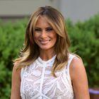 Melania Trump ponovno osupljiva v ženstveni belo-oranžni kombinaciji
