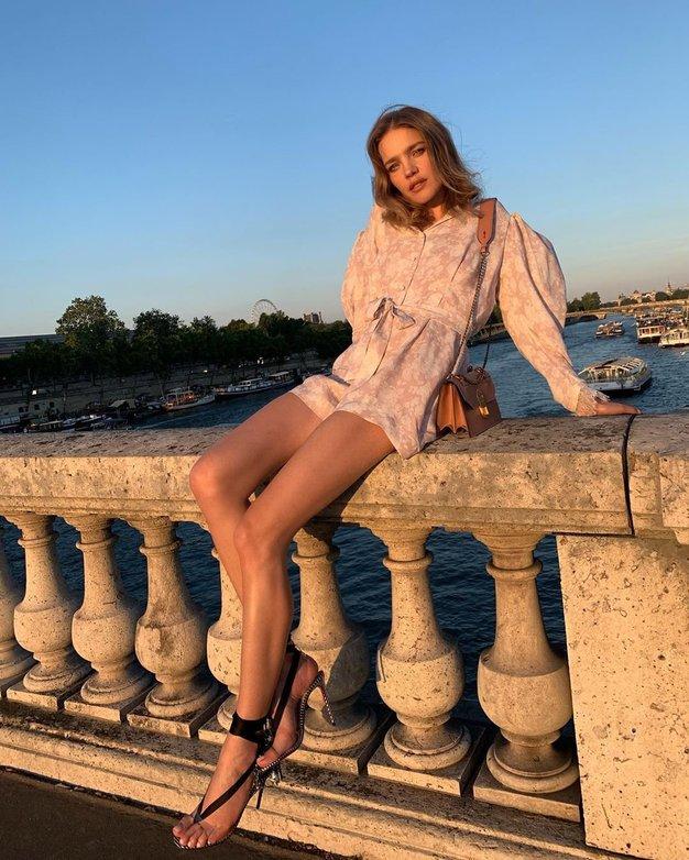 Ta modni kos z Instagrama morate imeti v svoji poletni garderobi - Foto: Profimedia