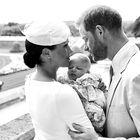 Kako prisrčno! Poglejte vse fotografije kraljeve družine s krsta malega Archija