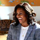 Internet je obseden s pričesko Michelle Obama! Poglejte, zakaj