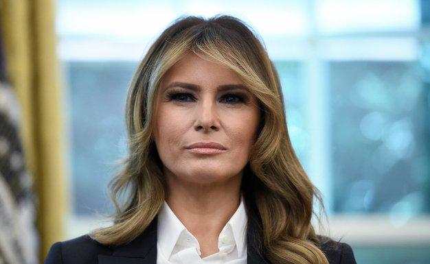 Melania Trump nas je prepričala s tem preprostim stajlingom - Foto: Profimedia
