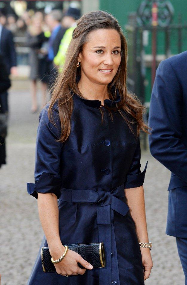 Poglejte, kako modne sandale je nosila Pippa Middleton - Foto: Profimedia