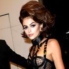 Zaljubili smo se v stajling Versace, ki ga je nosila Kaia Gerber