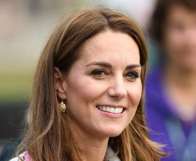 Kate Middleton nas je v zadnjem tednu navdušila kar v dveh stajlingih