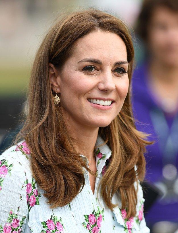 Kate Middleton nas je v zadnjem tednu navdušila kar v dveh stajlingih - Foto: Profimedia