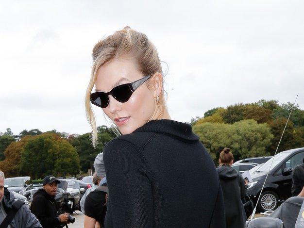 Modni teden v Parizu je napovedal pričesko te sezone - Foto: Profimedia
