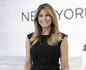 Melania Trump je nosila popolno srajčno obleko (+ dostopna različica)