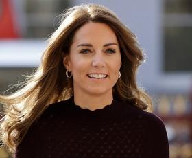 Kate Middleton nas je osupnila v popolni barvni kombinaciji za jesen