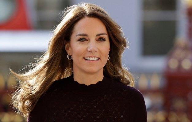 Kate Middleton nas je osupnila v popolni barvni kombinaciji za jesen - Foto: profimedia