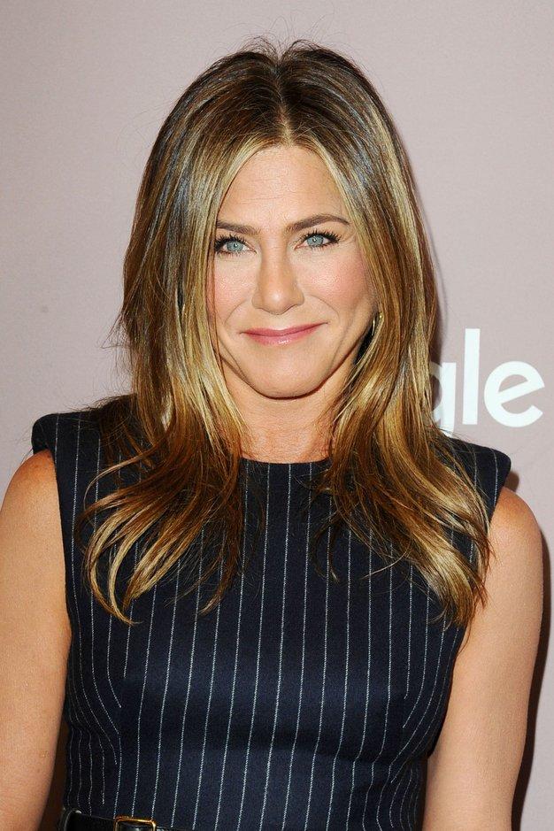 To je najljubša zaščitna maska Jennifer Aniston - Foto: Profimedia