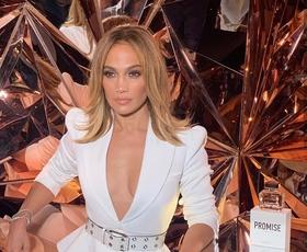 Jennifer Lopez se je ostrigla! Poglejte, kako ji pristaja nova frizura
