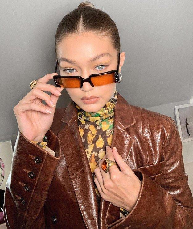 To je modni dodatek, brez katerega Gigi Hadid ne zapusti doma - Foto: Profimedia