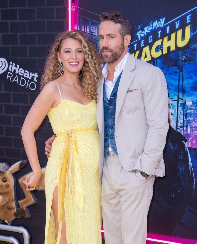 Blake Lively in Ryan Reynolds sta objavila prvo fotografijo novorojene hčerke - Foto: Profimedia